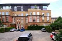 2 bed Flat in Stepney  City Apartments...