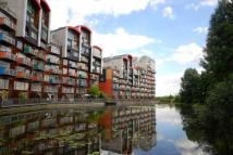 1 bed Ground Flat in Renaissance Walk...