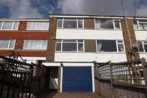 Town House to rent in Church Mews, Rainham