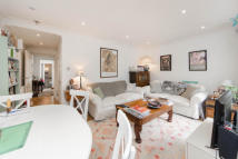Flat to rent in Chesson Road...