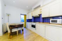 1 bedroom Flat to rent in Beryl Road, Barons Court...