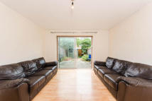 2 bed home to rent in Weavers Terrace...