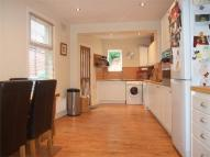 3 bedroom Flat in Station Crescent...