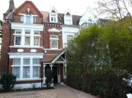 Chiswick High Road Apartment to rent