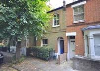 Apartment to rent in Ravenscourt Road