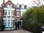 1 bed Detached home in Chiswick High Road...