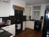3 bed Terraced property in Clifton Street...
