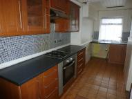3 bedroom Terraced property to rent in Kingston Street, HALIFAX