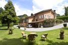 Villa for sale in Lazio, Viterbo, Viterbo