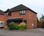 2 bedroom semi detached house to rent in Belmont Gardens, Raunds...