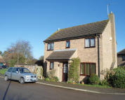 Detached house in Wentworth Drive, Oundle...