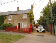 4 bedroom End of Terrace home for sale in Benefield Road, Oundle...