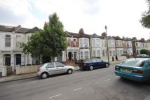 Flat to rent in Burrows Road, Kensal Rise