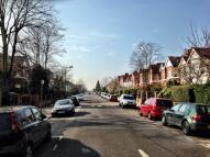 Flat in Chatsworth Road