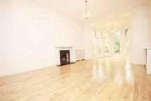 3 bedroom Apartment for sale in Canfield Gardens...