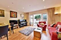 3 bedroom Terraced house to rent in Heath Villas...