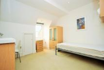 Studio apartment in Fitzjohns Esplanade...