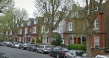 2 bed Flat to rent in King's Avenue Muswell...