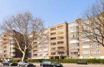 2 bedroom Flat for sale in Viceroy Court...