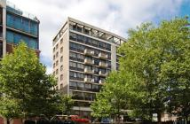 Flat for sale in Park Lorne...