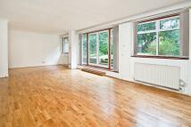 5 bedroom property to rent in Loudoun Road...
