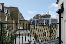 3 bed property to rent in Eliot Mews...