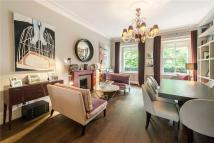 4 bed Maisonette in Palace Gate, Kensington...