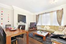 Flat to rent in Hanover Gate Mansions...