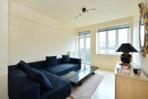 Flat to rent in Lucan Place, Chelsea...