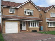 4 bedroom Detached house in Camellia Drive, Wishaw...