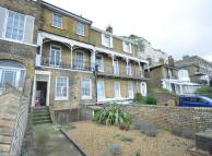 3 bedroom property for sale in Eastcliff, Dover, CT16