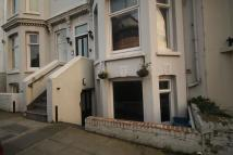 1 bedroom Flat to rent in Sondes Road, Deal, CT14