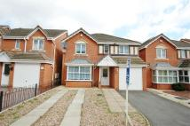 4 bed Detached property in Macdonald Close...