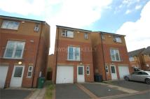 4 bedroom Detached property to rent in Camberley Rise...