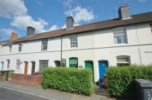 2 bed Terraced house in Henwood Road...
