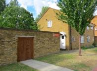 property in 4 bedroom Terraced House...