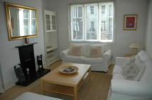 3 bed Town House to rent in Petersham Road, Richmond...