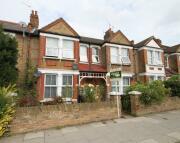 Flat to rent in CODRINGTON HILL, London...