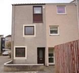 4 bedroom End of Terrace property to rent in Glenapp Place...