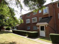 Ground Flat in EVERGREEN WAY, Hayes, UB3