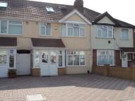 4 bedroom Terraced property for sale in CRANFORD, HOUNSLOW, TW4