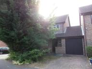 3 bed Link Detached House in Kilpatrick Way, Hayes...