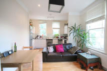 3 bedroom Flat in Cathcart Hill, London...
