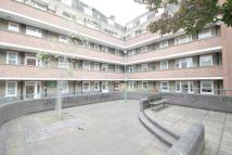 2 bed Flat to rent in Camelot House...