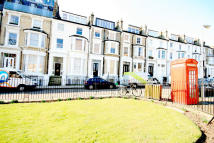 Flat to rent in Primrose Gardens...