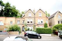 Flat to rent in Mount Pleasant Villas...