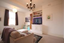 Flat to rent in Croftdown Road...