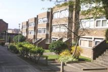 2 bed Flat to rent in Huntly Court...