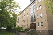 1 bed Flat to rent in Queen Margaret Court...