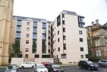 Ground Flat to rent in Park Circus Place...
